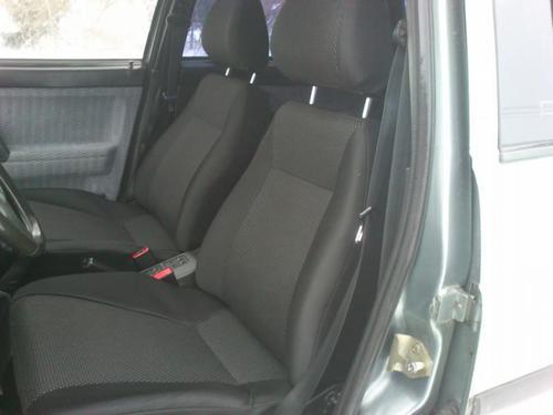 Обивка сидений (не чехлы) черная Искринка на ВАЗ 2110